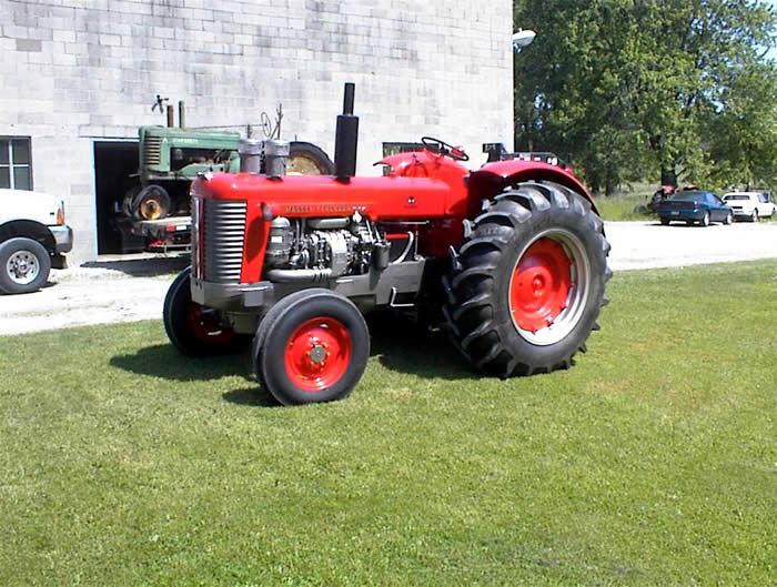 Antique Massey Ferguson 98 Tractor Restoration